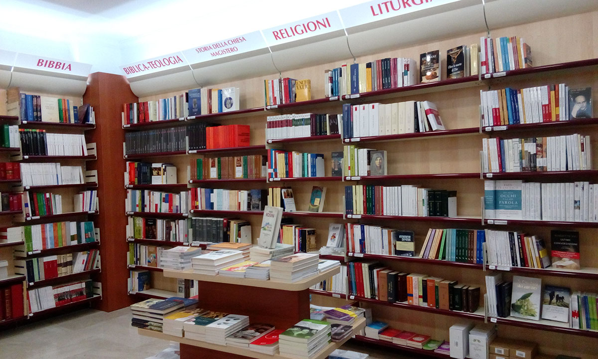 Scaffali Negozio Libreria.Palermo Via E Notarbartolo